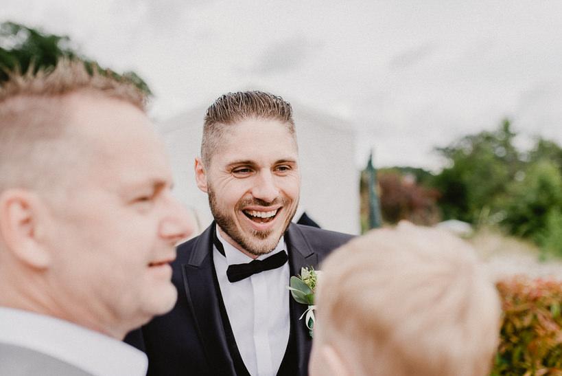 Hochzeitsfotograf Dresden Radebeul Weingut Drei Herren Julius Kost 007 Isa & Friedi - Hochzeit mit freier Trauung im Weinberg Willsdruff, Weingut, Radebeul, Gästehaus Hoflößnitz, Drei Herren
