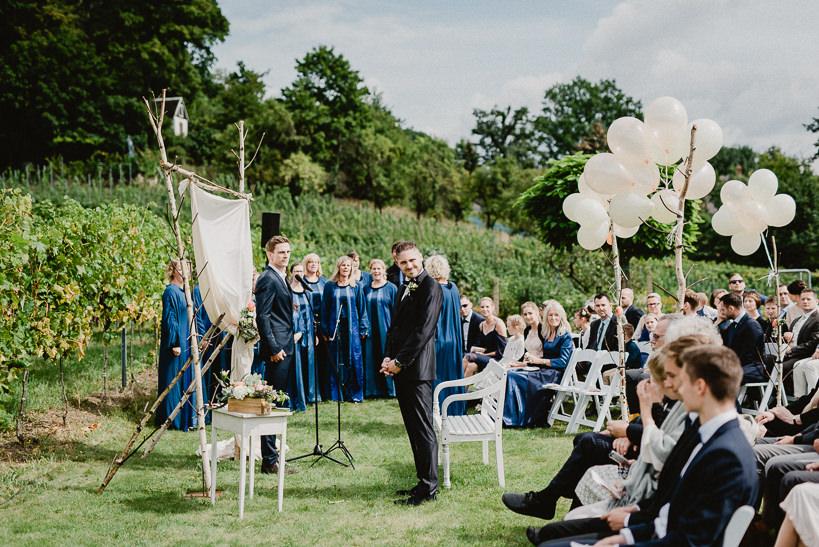Hochzeitsfotograf Dresden Radebeul Weingut Drei Herren Julius Kost 009 Isa & Friedi - Hochzeit mit freier Trauung im Weinberg Willsdruff, Weingut, Radebeul, Gästehaus Hoflößnitz, Drei Herren