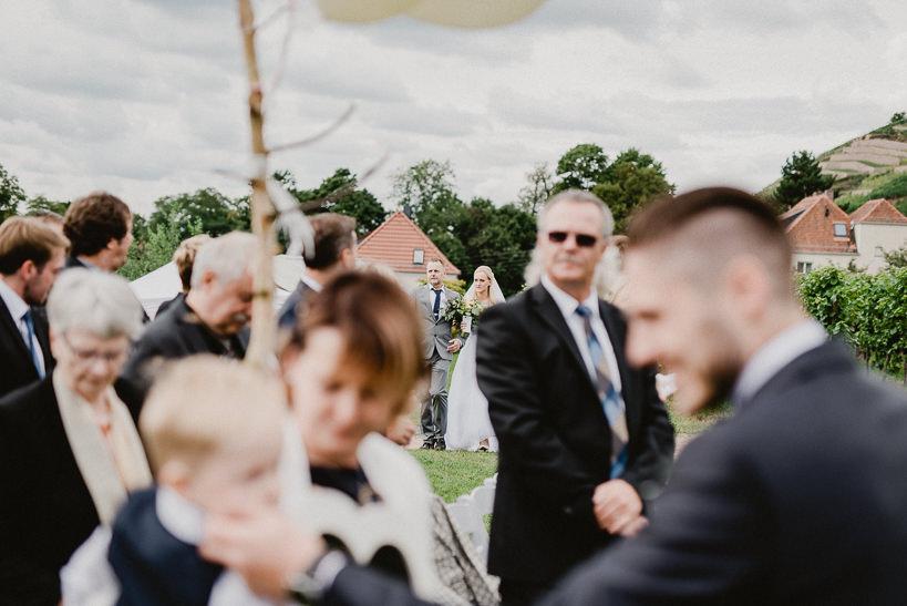 Hochzeitsfotograf Dresden Radebeul Weingut Drei Herren Julius Kost 012 Isa & Friedi - Hochzeit mit freier Trauung im Weinberg Willsdruff, Weingut, Radebeul, Gästehaus Hoflößnitz, Drei Herren