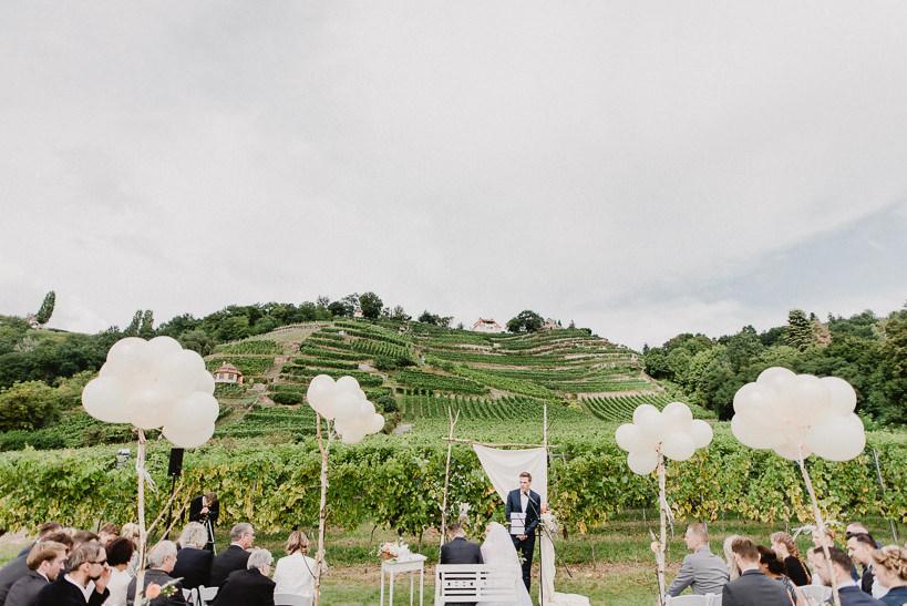 Hochzeitsfotograf Dresden Radebeul Weingut Drei Herren Julius Kost 013 Isa & Friedi - Hochzeit mit freier Trauung im Weinberg Willsdruff, Weingut, Radebeul, Gästehaus Hoflößnitz, Drei Herren