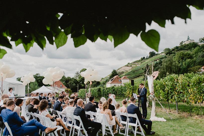 Hochzeitsfotograf Dresden Radebeul Weingut Drei Herren Julius Kost 021 Isa & Friedi - Hochzeit mit freier Trauung im Weinberg Willsdruff, Weingut, Radebeul, Gästehaus Hoflößnitz, Drei Herren