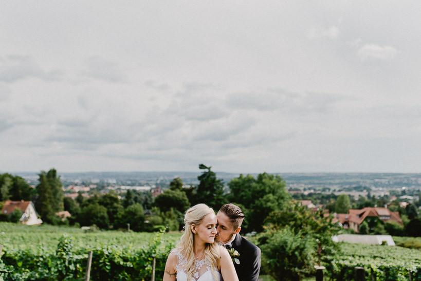 Hochzeitsfotograf Dresden Radebeul Weingut Drei Herren Julius Kost 044 Isa & Friedi - Hochzeit mit freier Trauung im Weinberg Willsdruff, Weingut, Radebeul, Gästehaus Hoflößnitz, Drei Herren