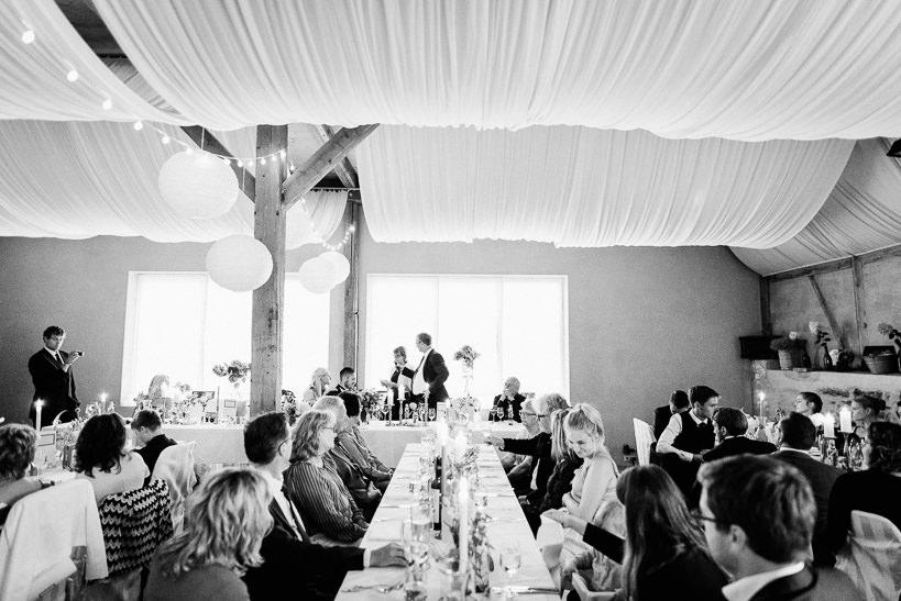 Hochzeitsfotograf Dresden Radebeul Weingut Drei Herren Julius Kost 069 Isa & Friedi - Hochzeit mit freier Trauung im Weinberg Willsdruff, Weingut, Radebeul, Gästehaus Hoflößnitz, Drei Herren