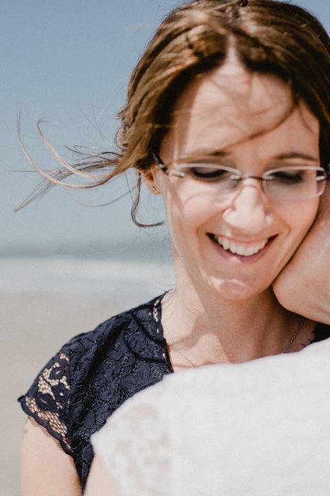 Hochzeitsfotograf Langeoog Nordsee Ostfriesische Inseln Titelbild 480x720 Elopementhochzeit auf Langeoog verliebt, Reportagefotografie, Reportage, Liebe, Langeoog, Hochzeitsfotografie, Hochzeit, gleichgeschlechtlich, Fotoreportage, Elopement