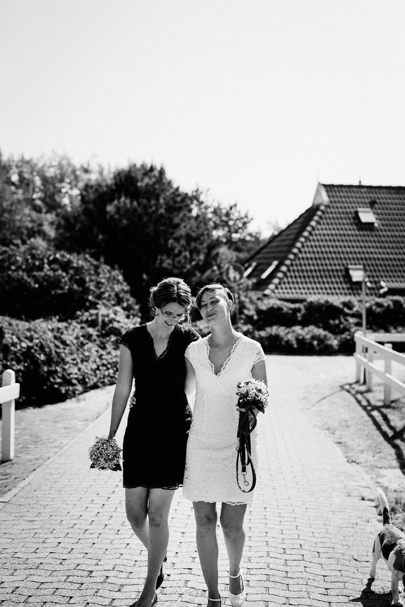 Hochzeitsfotograf Langeoog Nordsee Ostfriesische Inseln 022 Elopementhochzeit auf Langeoog verliebt, Reportagefotografie, Reportage, Liebe, Langeoog, Hochzeitsfotografie, Hochzeit, gleichgeschlechtlich, Fotoreportage, Elopement