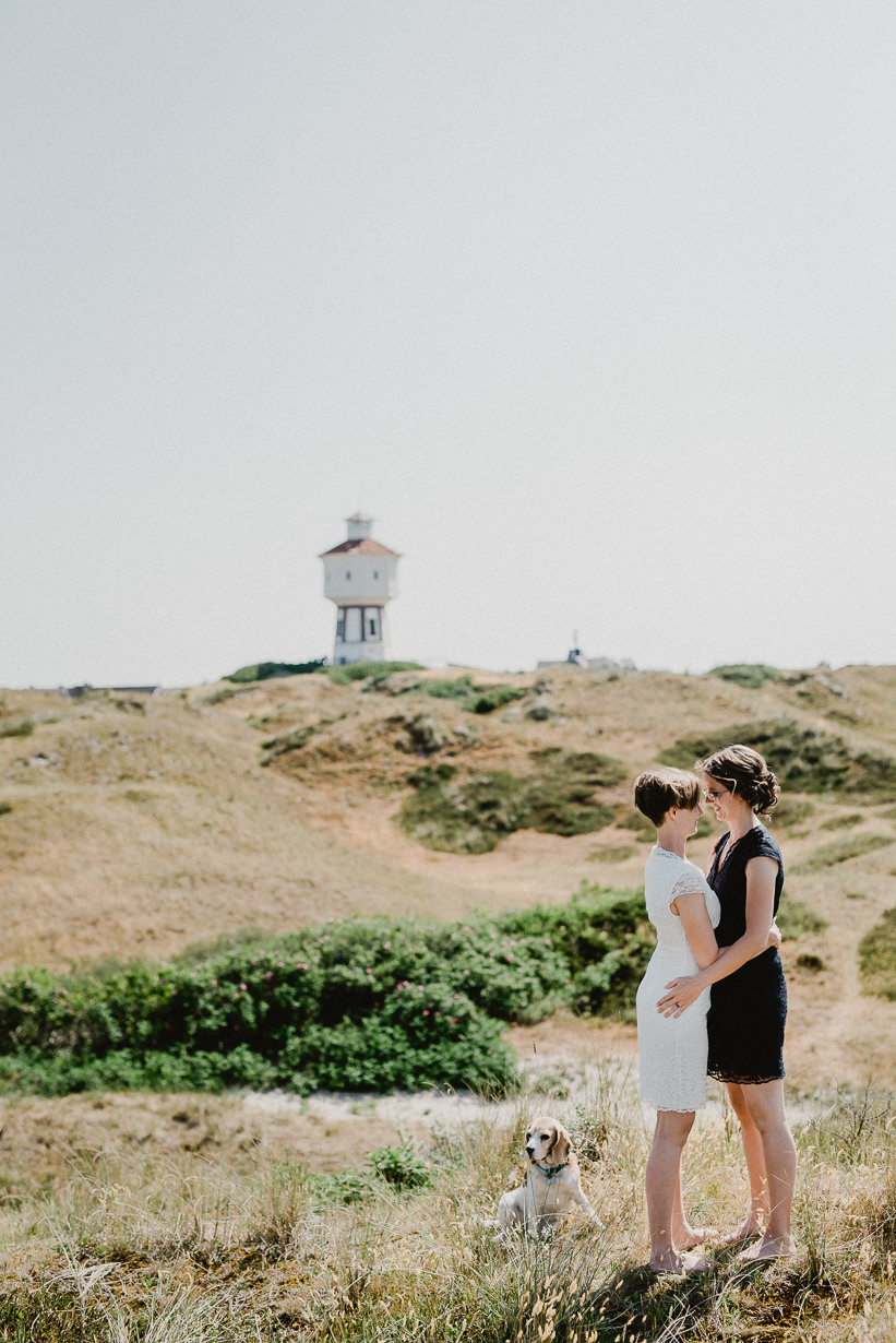 Hochzeitsfotograf Langeoog Nordsee Ostfriesische Inseln 025 Elopementhochzeit auf Langeoog verliebt, Reportagefotografie, Reportage, Liebe, Langeoog, Hochzeitsfotografie, Hochzeit, gleichgeschlechtlich, Fotoreportage, Elopement